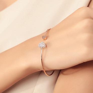 concours : gagnez ce magnifique bracelet double coeur de cristal